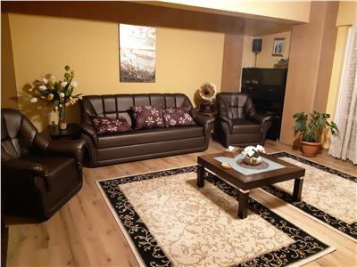 CromaImob - Vanzare apartament 3 camere in bloc nou, zona 9 Mai