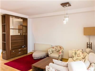 Cromaimob - Inchiriere apartament 3 camere, in Ploiesti, lux, zona Ultracentral