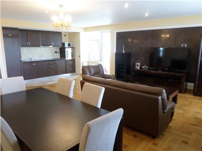Inchiriere Apartament 3 camere, Ploiesti, Urban Icim, zona Ultracentral