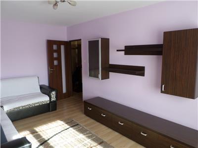Inchiriere apartament 3 camere in Ploiesti, zona Mihai Bravu