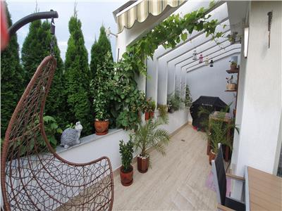 Penthouse de vanzare cu 3 camere in zona Mihai Bravu - Maternitate